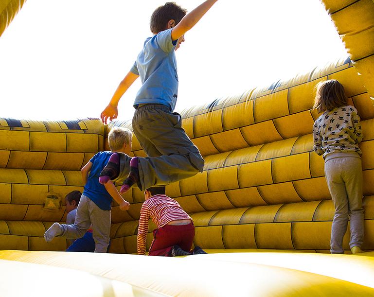 Kid's-World-Exhibition Playplace