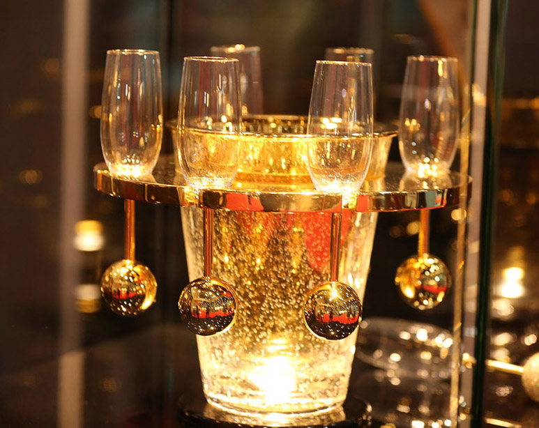 lifestyle-exhibition Glass set